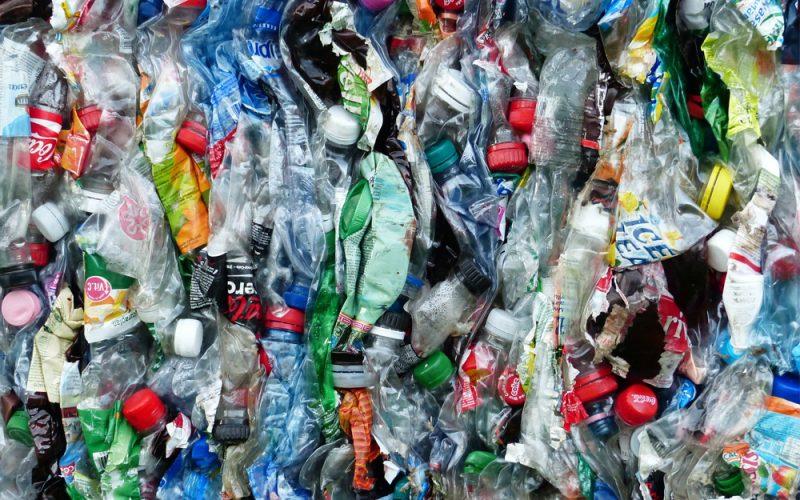 Jak je to s recyklací (nejen) PET lahví