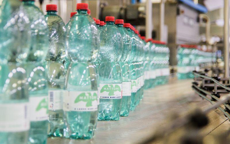 Výroba cirkulárních PET lahví z 80 % recyklát – Kyselka